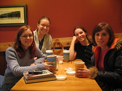 Chillin at Caribou (jacqueline-w) Tags: friends caribou red coffee sonia jacqueline kari heidi relax family jacquelinew me self sister1