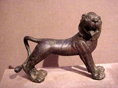Greek sculpture (lion)
