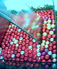 Bobbing balls (Kopi Addict) Tags: art fart
