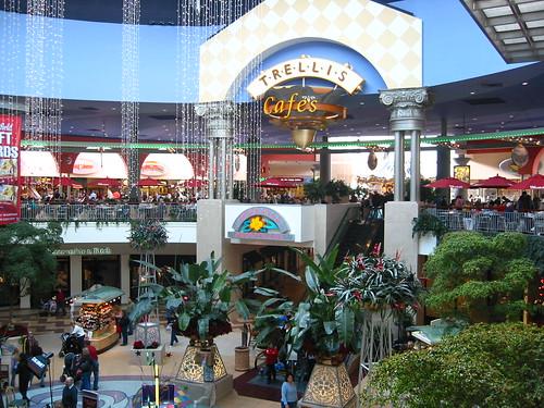 Galleria Roseville Shoe Stores