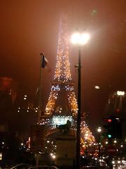 La Tour Eiffel (SKHe) Tags: france christmas latoureiffel