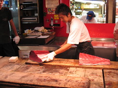now that's a knife... (Gen Kanai) Tags: japan sushi tuna maguro tsukiji