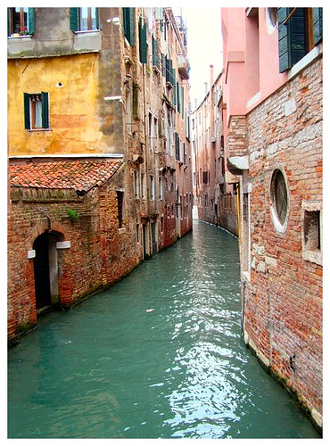 """Venice 2004 • <a style=""""font-size:0.8em;"""" href=""""http://www.flickr.com/photos/41894159895@N01/2837490/"""" target=""""_blank"""">View on Flickr</a>"""