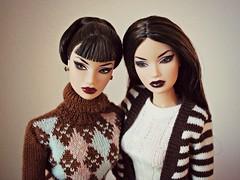 Kyori twins (Deejay Bafaroy) Tags: fashion royalty fr integrity toys doll puppe barbie kyori sato miami vice ooak portrait porträt dusk comparison vergleich stripes streifen striped gestreift twins zwillinge dolls puppen