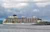 MS The World (Everyone Shipwreck Starco (using album)) Tags: kapal kapallaut kapalpesiar cruiseship mstheworld