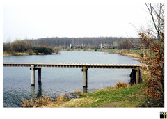 NL/Drente/Erm-Sleen  (oopsfotos.nl) Tags: bridge holland water netherlands spring may drente oop holidaypark ermsleen erm