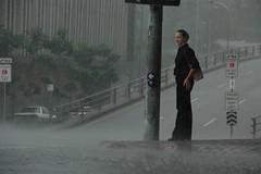heavy rain in Brisbane (LordKhan) Tags: people woman girl rain female australia brisbane queensland australien frau regen downunder australie unwetter schauer