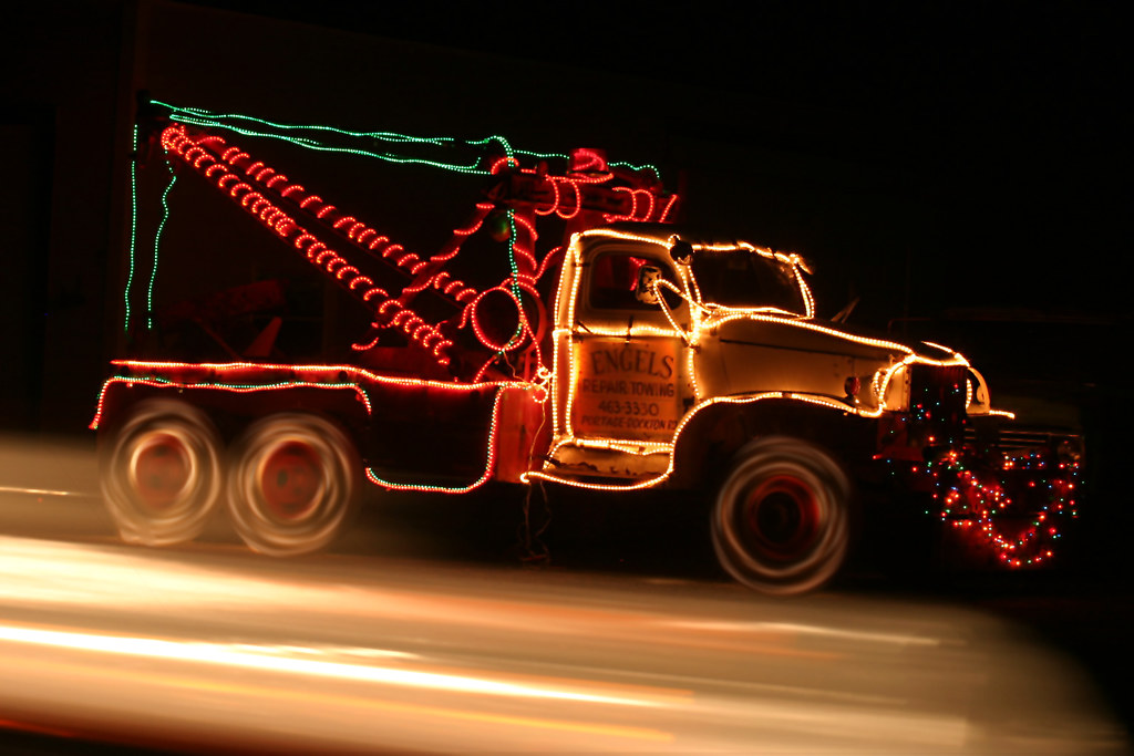 Holiday Tow Truck