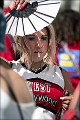28525 (earthsworld) Tags: street portrait people urban male earth candid streetphotography tranny groomer notcropped
