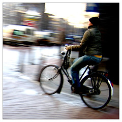 (Trapingus Parish) Tags: street travel motion holland netherlands amsterdam bike travels europa europe topv444 jeans holanda nederlands streetshot barrido