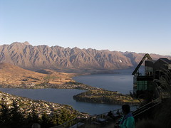 0800-Lake Wakatipu (shimmertje) Tags: new zealand queenstown 204
