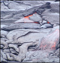 Feel the Heat ? / Ritenete il Calore? (eye of einstein) Tags: hawaii hawaiianvolcanoesnationalpark rockscape naturalbeauty sonycybershot ilovenature lava moltenlava volcano interesting most favorited 10010 topv111 onetopfave 1interesting