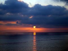 sunsetdec12-6 (malibuhealer) Tags: ocean sunset sea beach delete2 deleteit saveit deleteit2 deleteit3 deleteit4 deleteit5 deleteit6 deleteit8 deleteit10 deleteit9 deletedbythedmusunscapesgroup deliteit7 randybruck malibuhealer