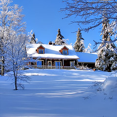 Sunshine* (Imapix) Tags: voyage travel blue trees winter sun sunlight white house snow canada home nature sunshine soleil photo photographie quebec quality postcard qubec neige winterscene imapix valmorin gatanbourque ensoleille copyright2006gatanbourqueallrightsreserved  pix50 imapixphotography gatanbourquephotography