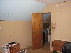 7827 SE Carlton - 2nd flr back room facing front rm