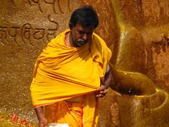 Even More Photos from India (Aliaaaaa) Tags: travel vacation india monument temple prayer bangalore may monk 2006 karnataka monolith jain alia southindia shravanabelagola aliaaaaa srigomateswara