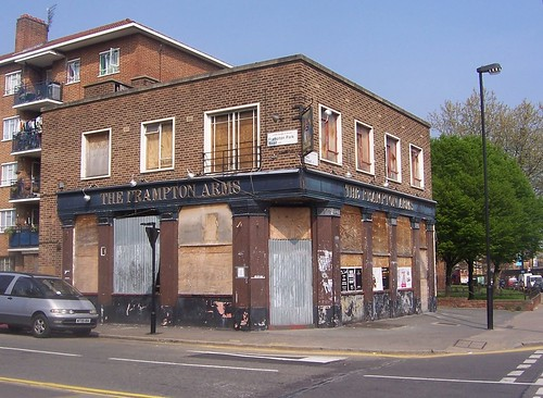 The Frampton Arms by sarflondondunc