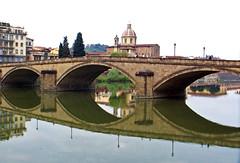 Ponte alla Carraia, Firenze (Sebasti Giralt) Tags: bridge reflection puente reflex reflejo florencia pont firenze arno carraia
