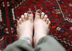 Bare Feet / Picture of the Day ~ 4/25/07 (Kerrie Lynn Photography (Sugaree_GD)) Tags: feet toe purple bare tattoos views nailpolish 1000 sugareegd