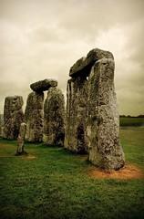 stonehenge - by 2create