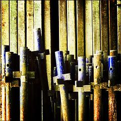 poles_planks.jpg - by _SiD_