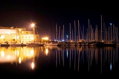 Carrer de Mar (valerius25) Tags: sardegna sea night reflections d50 boats nikon raw mare sardinia barche porto riflessi nocturne hdr alghero alguer valerius25 valeriocaddeu