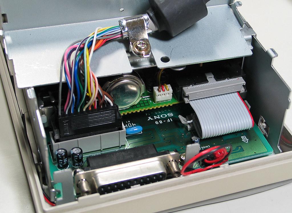 Apple A9M0106 800k External Floppy Drive Connectors