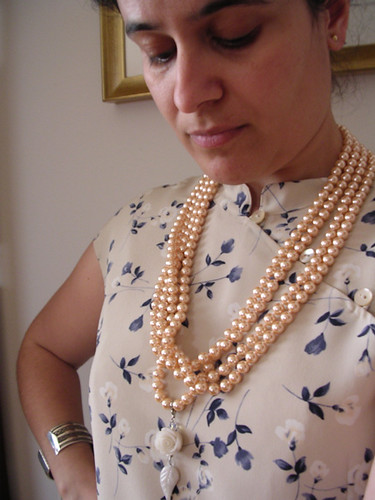 Champagne-coloured pearls