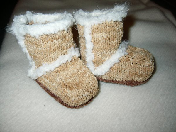 Ravelry Suede Baby Booties Knit Archived Pattern By Candi Jensen