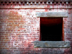 Old Currituck Jail (Megan | When Harry Met Salad) Tags: window rural photo jail currituck curritucknc ruralnc northeasternnc oldcurrituckjail
