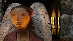 Angel 2 (erbecke) Tags: light angel hotel wings guatemala triste antigua alas convento naranja domingo santo centralamerica centroamrica