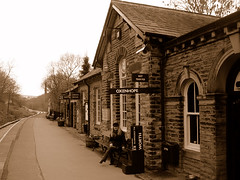 Another train station, another passenger.. (Angria) Tags: uk inglaterra england woman me station sepia town mujer holidays pueblo vacations vacaciones trainstations haworth impressedbeauty