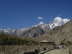 Hiking to Eagles Nest (go2net) Tags: pakistan hiking hunza karimabad