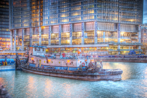 Tugboat on Chicago River by Trump Tower