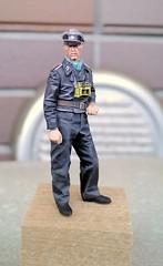 """Alpine Miniatures """"35046 Late War WSS Panzer NCO #2"""" -5 (fin)"""