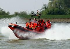 reddingsboot2 (zusjevan) Tags: medemblik ijsselmeer oranje knrm
