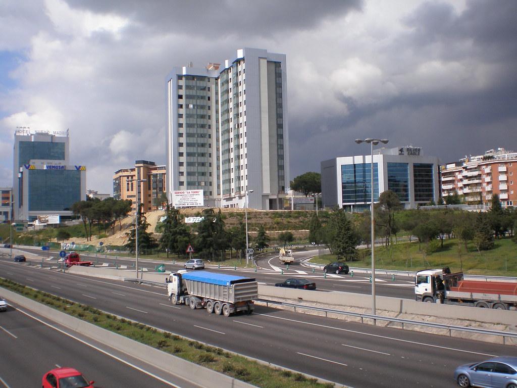 Hotel Nuevo, Edificio La Torre, 2007, Grupo Silver Eagle, Ciudad Lineal, Madrid