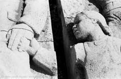 promesse tradite / betrayed promises (Norte_it [Dario J Lagan]) Tags: statue budapest communism comunismo regime