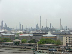 Refinery (Ninoxowl) Tags: china shanghai refinery huangpuriver