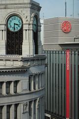 新旧建築物の対比