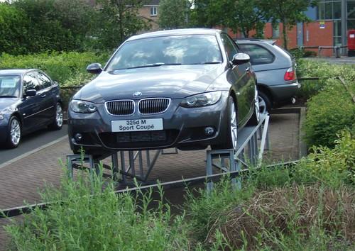 BMW - 325d M SPORT COUPE
