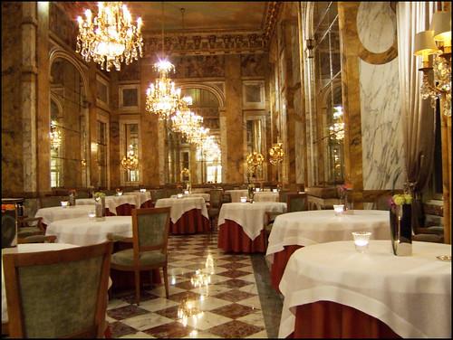 Les Ambassadeurs (Paris) - Dining room