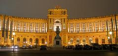 """""""Neue Burg"""" (""""Heldenplatz"""") (Thomas Reichart ) Tags: vienna wien building sterreich architecture night newcastle austria dri hdr heldenplatz longtimeexposure neueburg 3exp mywinners"""
