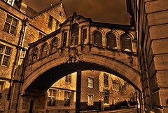 The Bridge of Sighs (J.Salmoral) Tags: greatbritain inglaterra bridge england london college sepia puente university unitedkingdom oxford universidad londres hdr bodleian suspiros reinounido granbretaa bridgeofsights anglaterra regneunit abigfave juanillooo juansalmoral