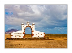 Municipio de La Oliva (NunoAntunes) Tags: sky nature paisagem viagem naturesfinest supershot abigfave travelerphotos