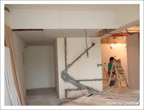 玄關及小工作室、客廳旁的天花板
