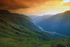 Can del Chicamocha, Colombia (RoryO'Bryen) Tags: voyage travel viaje sunset sun green latinamerica southamerica water beautiful clouds canon river landscape atardecer interesting travels bravo colombia rory canyon hills valley stunning hermoso hermosa kolumbien americas santander amricalatina colombie amriquedusud naturesfinest sudamrica blueribbonwinner amricadelsur chicamocha eos5d latinoamrica picturecollection magicdonkey obryen abigfave candelchicamocha colorphotoaward superaplus aplusphoto roryobryen goldenphotographer diamondclassphotographer flickrdiamond roarsthelion copyrightroryobryen httpwwwbuy4nowiebewleysproductbewleys20explore20colombia20042611