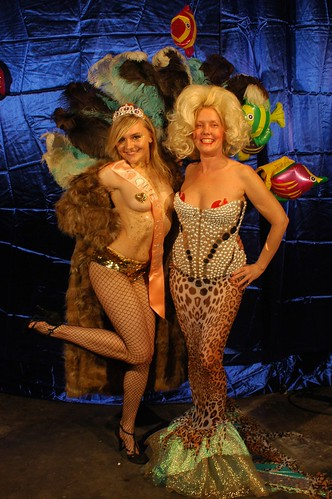 Miss Coney Island 2007 Ekaterina & Bambi. Photo © Norman Blake via coneyislandusa's flickr