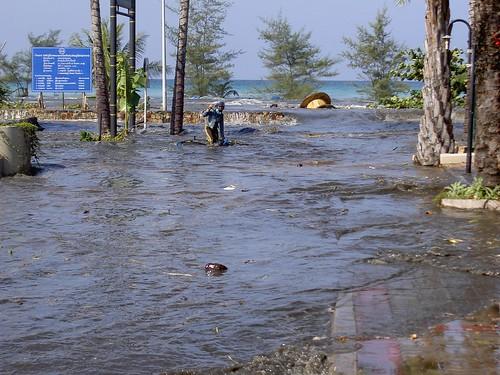 Boxing Day Tsunami: First wave on Karon Beach, in Phuket, Thailand