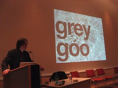 jeremy keith prononce tr�s bien grey goo !